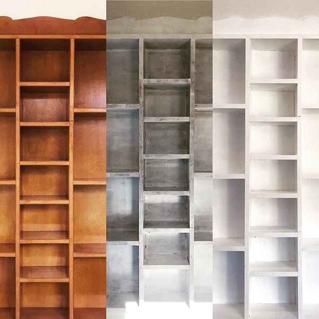 今日から3連休ですやりたい事行きたいところはたくさんあるけどまずはこれ。ずっと気になっていた壁に備え付けの棚。本や色んなものが雑然としていてゴチャついてるそれと色が気になってた思い切って塗り替えて模様替えです❣️ 仕切りが沢山ある物って大変だぁ〜️ 3度塗り。半ば飽きた真っ白になって綺麗になったら今度は壁の色が気になる〜 あるある(笑)